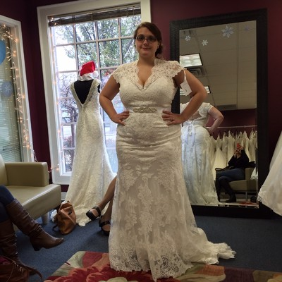 Wedding Experience Less Fun Please Help The Back Of My Dress Is Pretty Low You Have To Look In Mirror See Sorry Folks Old Picture