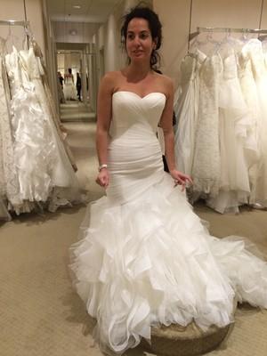 stomach pooch mermaid gown weddings beauty and attire wedding forums weddingwire