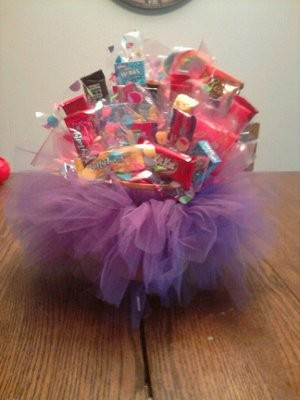 My DIY Candy Bouquets For Kids Table