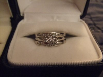 i took trying on lots of rings and two stores to find the one heres a pic