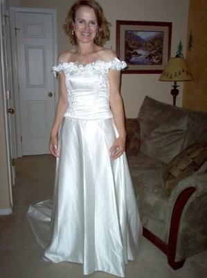 Post your wedding dress pic thanks weddings wedding for I need to sell my wedding dress