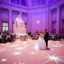 Photo of The Franklin Institute in Philadelphia, PA - photo credit: DMPfamilylife