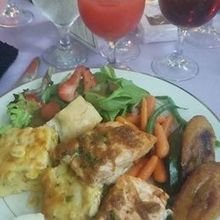 Photo for Caribbean Caterers Review - The plate!