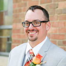 Photo of Jane's Blue Iris Ltd. in Hinsdale, IL - groom's boutonniere