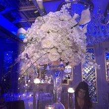 Photo for Adam Leffel Productions/Petals Premier Event Design Review - Centerpiece