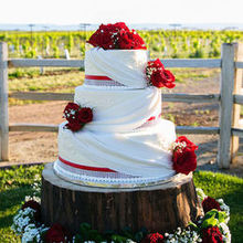 Photo of I DO FLORAL in Woodland, CA