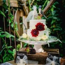 Photo of Cambria Nursery and Florist in Cambria, CA - Flowers for the cake