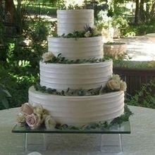 Photo of Sweet Dreams Wedding Cakes and Flowers in Oakhurst, CA