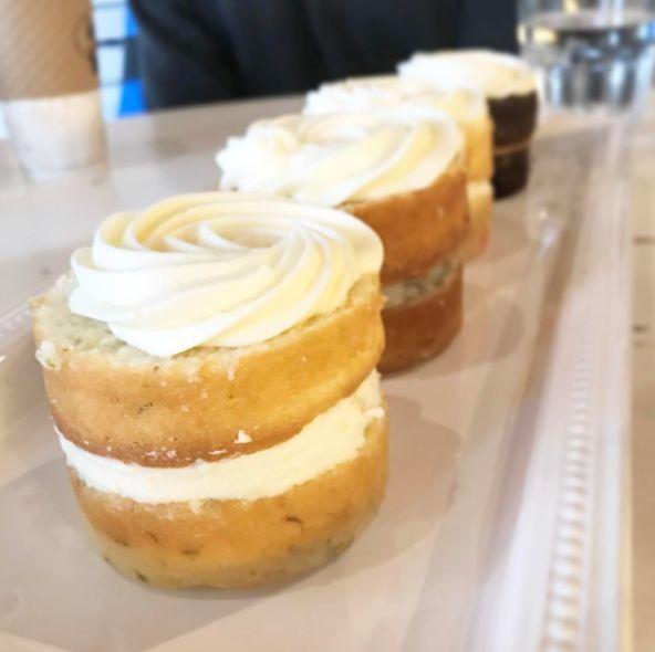 BAKED. - Cakes - WeddingWire