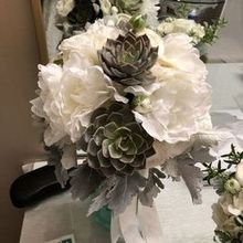 Photo for Bellarue Events & Floral Design Review - My bouquet with some succulents