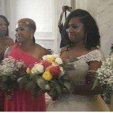 Photo for A Peachy Keen Wedding Review - My special moment with my sisters... flowers were perfect!