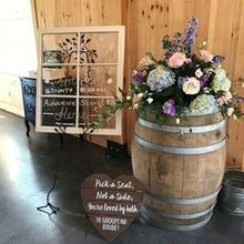 Photo of Melissa Timm Designs in Knoxville, TN - Barrel arrangements were a later decision and we love them!
