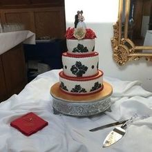 Photo of D&D Cake Designs in Jacksonville, FL