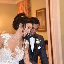 Photo for Sweet Tea Events Review - Cutting the cake at Southwood House