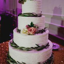 Edda S Cake Designs Wedding Cake Miami Fl Weddingwire
