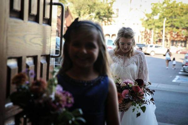 Wedding bug studios photographers weddingwire photo of wedding bug studios in huntingdon valley pa junglespirit Gallery