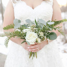 Photo of Stellaluna Events in Kalamazoo, MI - Wedding Florals done by Stellaluna Events