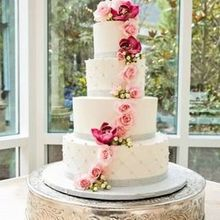 Photo for Sweet Stuff LLC Review - My beautiful Wedding Cake