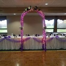 Photo of IMA Brookwood Golf & Banquet Center in Burton, MI - Couldn't find picture of entire room with table décor set up