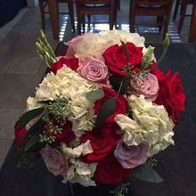 Photo for Suzanne's Flowers Review - The bridal bouquet