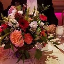Photo of The Flower Petaler in Huntington, NY - Centerpiece