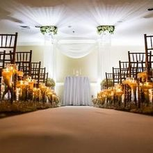 Photo for Gettysburg Hotel, Est. 1797 Review - Ceremony spot Photo: Lisa Rhinehart Photography