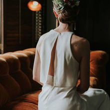 Photo for House of Blooms Review - Bride's floral hair piece, pic © Barrera Photography