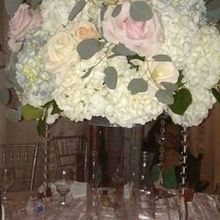 Photo for Bellarue Events & Floral Design Review - Table centerpiece