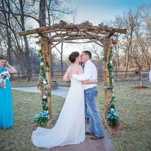 Photo of Crooked River Farm Weddings LLC in Lawson, MO