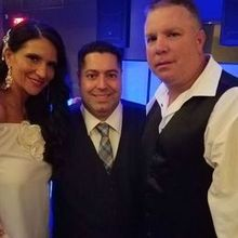 Photo for Dash of Class PLATINUM Entertainment Review - A Picture with our Fantastic DJ Jon Hadad