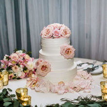 Photo for Bellarue Events & Floral Design Review - credits:  Din + Cal Photography