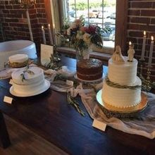 Photo of Top of the Market in Dayton, OH - Cake table
