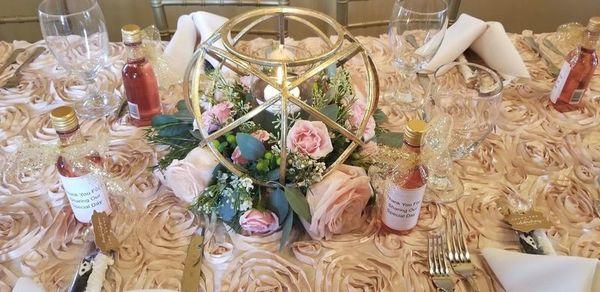 Petals posies llc florists weddingwire photo of petals posies llc in walled lake mi beautiful arrangements mightylinksfo