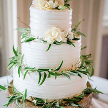 Photo of Cakes Creatively by Crystal in Reynoldsburg, OH - Photography by Kismet Visuals